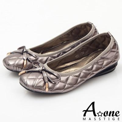 A-one-蝴蝶結菱格車線小坡跟鞋-千金銀