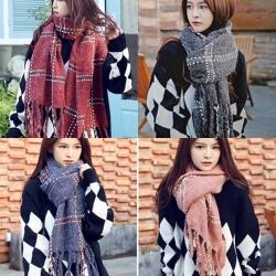 梨花HaNA 韓國冬季將至英倫格紋長流蘇厚暖圍巾披肩