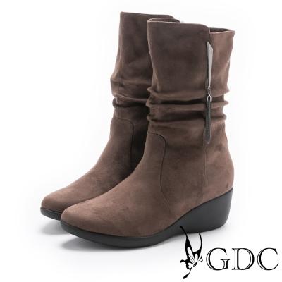 GDC-流蘇抓皺船型底中筒短靴-可可色