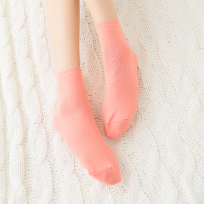 蒂巴蕾Fashion  socks 1/2女襪-素面