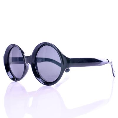 【Aimee Toff】特色造型復古設計款墨鏡