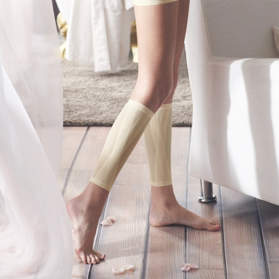 曼黛瑪璉-羽涼級‧輕鬆塑   中機能勻腿塑腿套(花漾膚)
