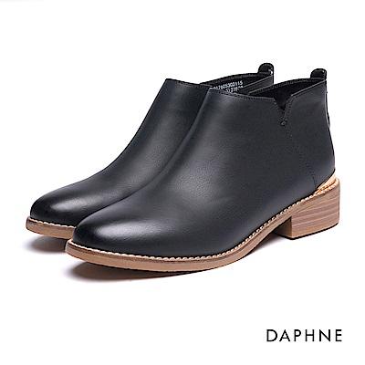 達芙妮DAPHNE 短靴-金屬飾片鉚釘拼接短靴-黑