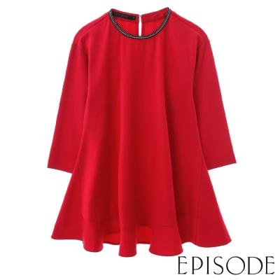 EPISODE-簡約珠飾素面傘擺造型七分袖上衣(紅)