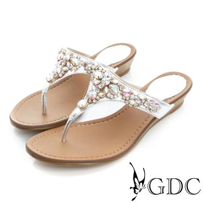 GDC-性感水鑽真皮楔型厚底夾腳涼拖鞋-銀色