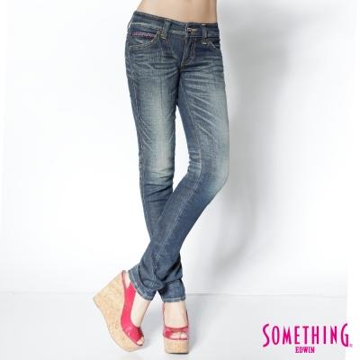 SOMETHING ViENUS圖騰刺繡窄直筒牛仔褲-女款-原藍磨