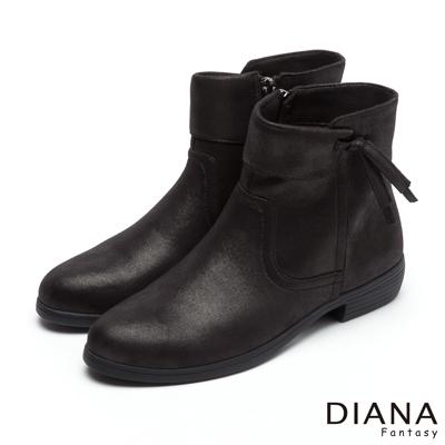 DIANA-帥氣個性-時尚羊絨古著實搭短靴-黑