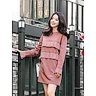 胸前袖口百摺造型素色洋裝-OB大尺碼