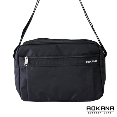AOKANA奧卡納 MIT台灣製  YKK拉鍊 商務橫式側背包 可入B5(黑)02-003