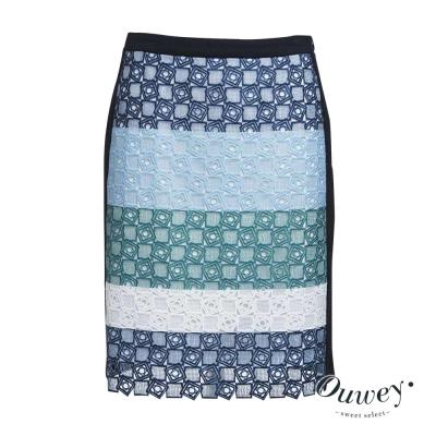 OUWEY歐薇 條紋蕾絲印花短裙
