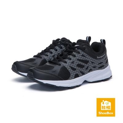 達芙妮DAPHNE ShoeBox系列-運動鞋-綁帶反光紋路運動鞋-黑