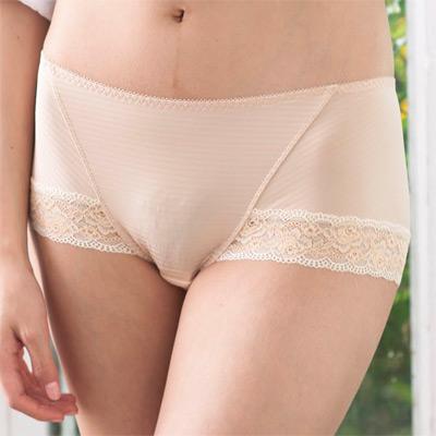 華歌爾-可愛花蔓M-LL中低腰平口內褲-粉底膚