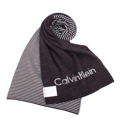 Calvin Klein CK 細橫紋拼色亮眼LOGO針織圍巾-深紅灰