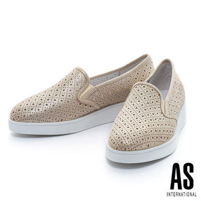 AS-金屬光沖孔造型厚底休閒鞋-金