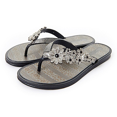 GRENDHA 晶鑽花朵時尚夾腳鞋-黑色