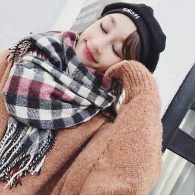 梨花HaNA 韓版街頭秋冬情侶款圍巾。格子保暖大尺寸圍巾astar -速