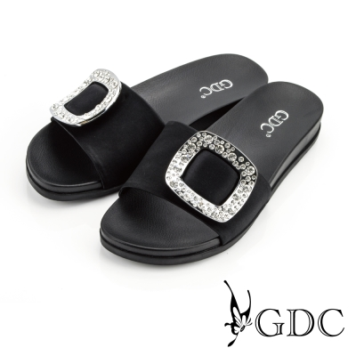 GDC-真絲緞面水鑽方形飾釦一字厚底拖鞋-黑色