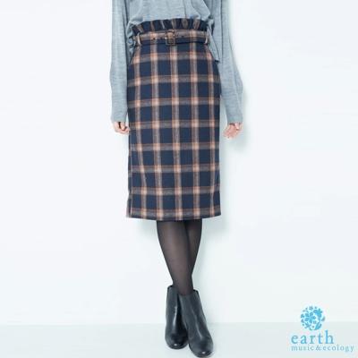 earth music 荷葉邊造型附腰帶格紋長裙