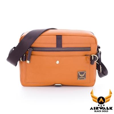 AIRWALK-黑金系列-皮革直紋系列-側背包-棕黃