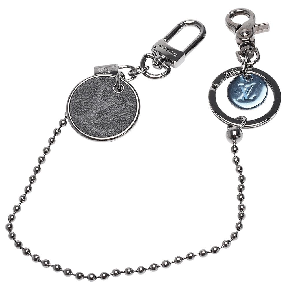 LV M63629 ID系列經典Monogram帆布LV LOGO吊飾鑰匙圈