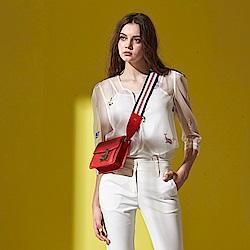 ICHE 衣哲 時尚設計款刺繡圖案雪紡鏤空透膚外罩外套-白