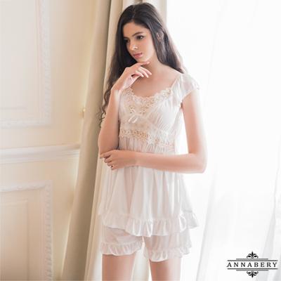 大尺碼Annabery甜美居家純白小蓋袖睡衣短褲二件組 白L-2L Annabery