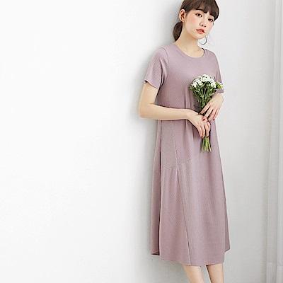 純色拼接坑條設計短袖長洋裝-OB大尺碼