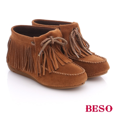 BESO 潮人街頭風 絨面牛皮綁帶流蘇短靴  卡其色