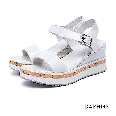 達芙妮DAPHNE 涼鞋-一字寬帶Y型繞踝方釦釦帶厚底涼鞋-白