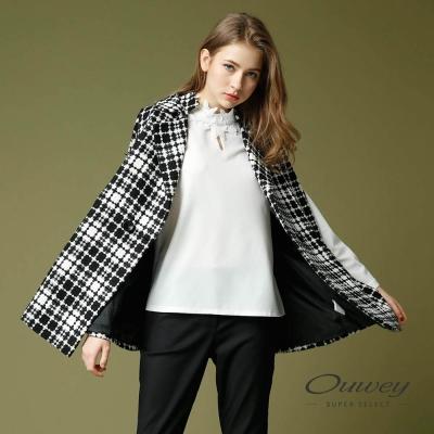 OUWEY歐薇 極簡格紋傘版無袖外套(黑)