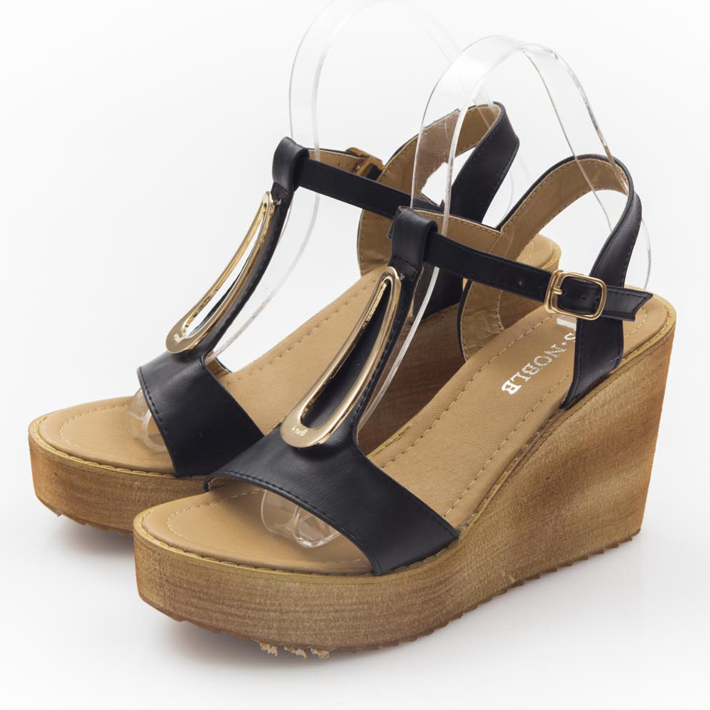 JMS-流線三角金屬扣飾T字楔型厚底魚口涼鞋-黑色