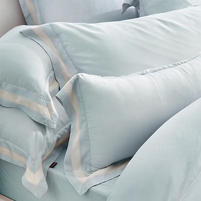 義大利La Belle 法式簡約-藍 雙人天絲拼接四件式防蹣抗菌舖棉兩用被床包組