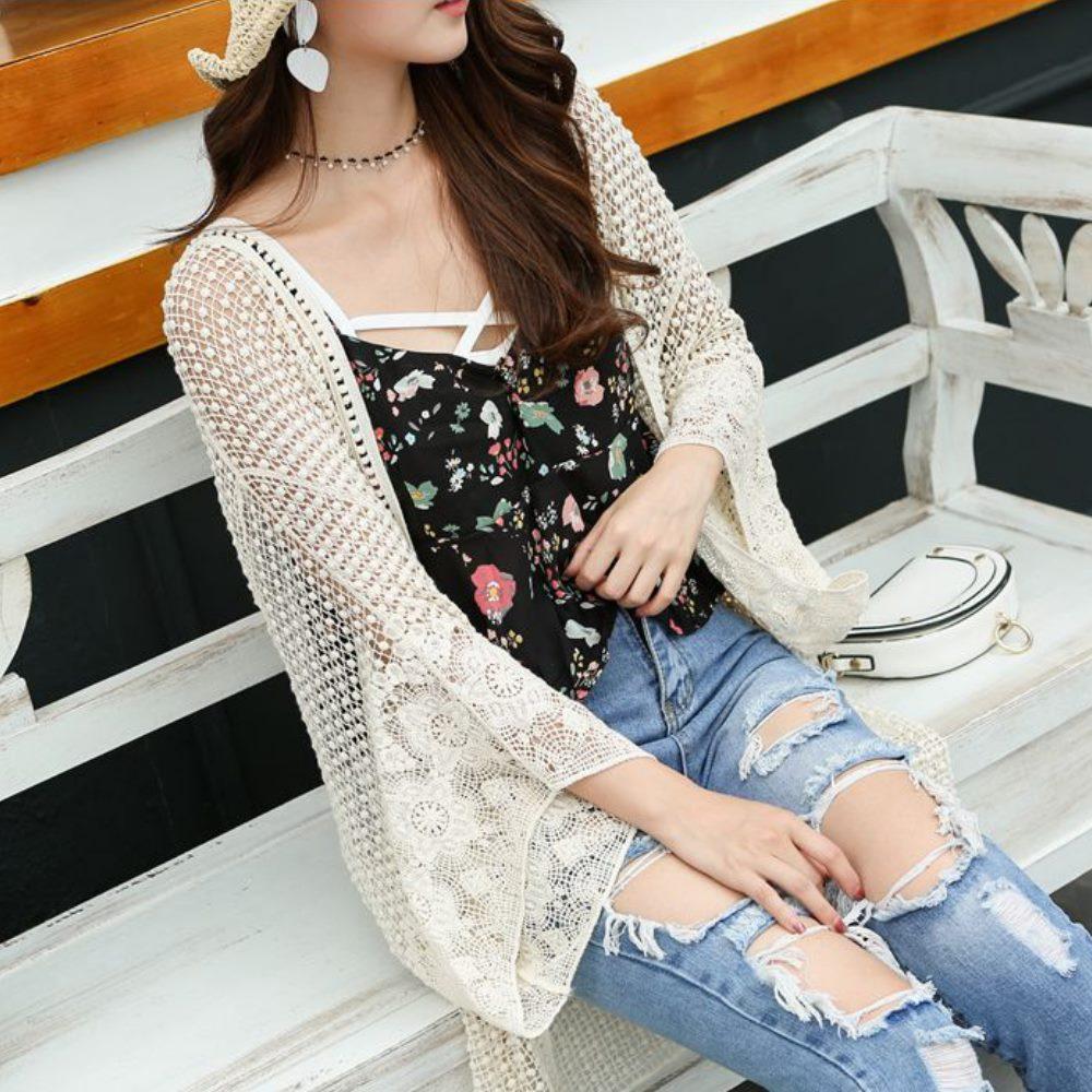 La Belleza蕾絲顆粒棉球圈圈鏤空寬袖開衫罩衫