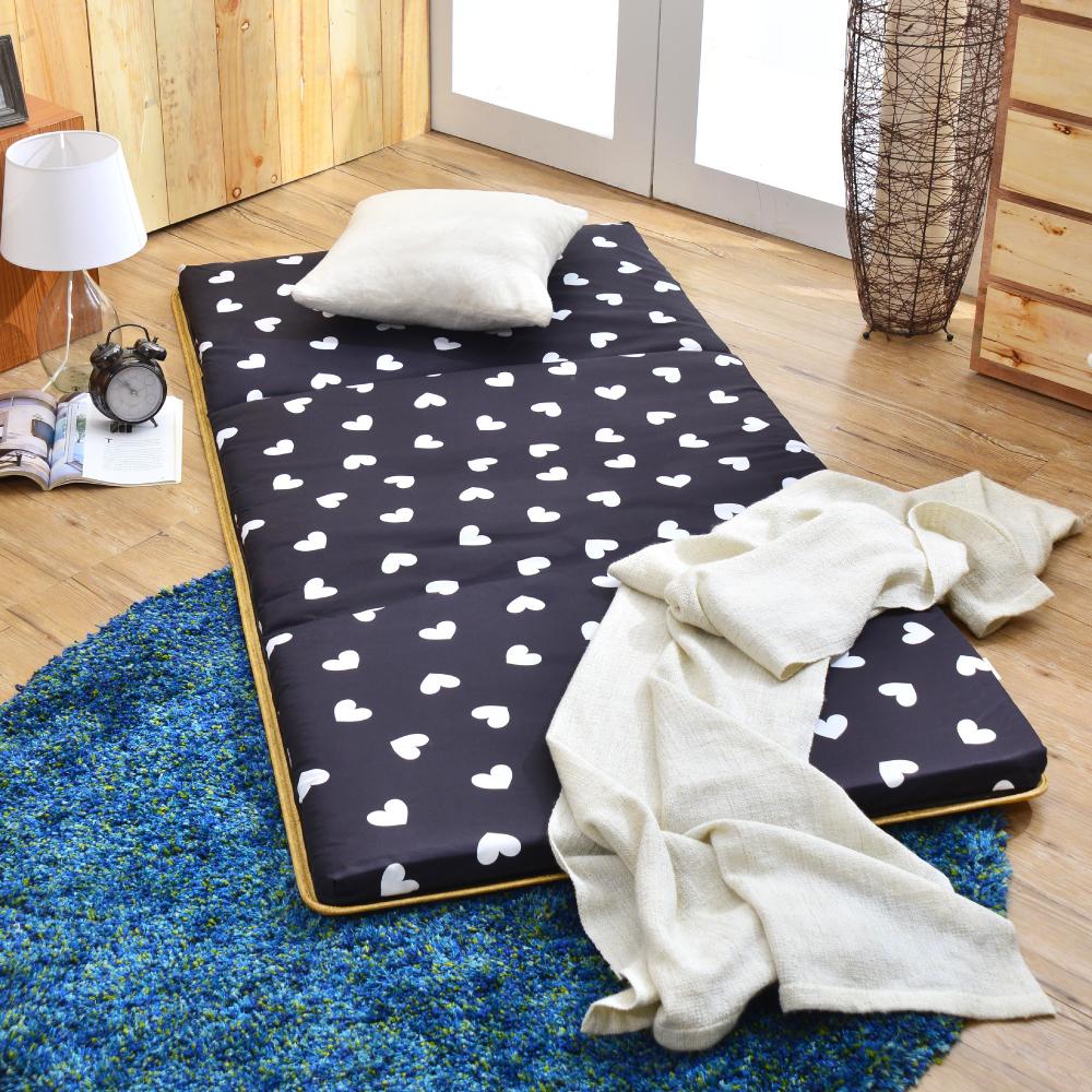 (好康)台灣製 超值 單人透氣兩用便利三摺床墊  繽紛愛心-黑