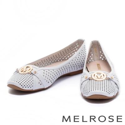 娃娃鞋 MELROSE 經典金屬圓飾沖孔全真皮娃娃鞋-白