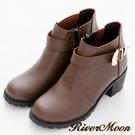River&Moon短靴--韓版簡約金色扣飾低跟短靴-咖啡