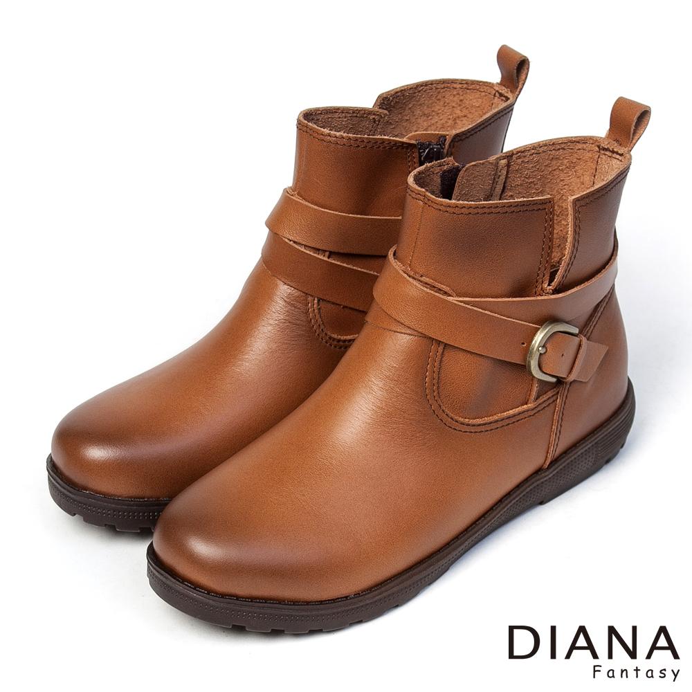DIANA 經典風雲--復古風情皮帶式牛皮釦環短靴-棕