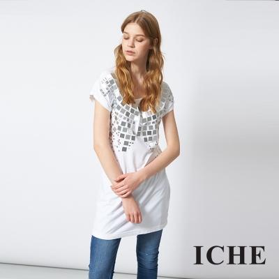 ICHE 衣哲 時尚鉚釘長版造型T恤上衣 兩色-動態show