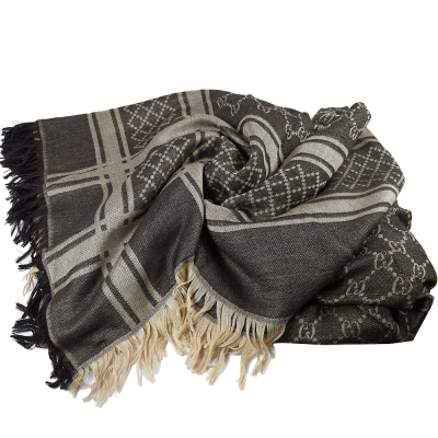 GUCCI 經典G LOGO毛草飾邊披肩式圍巾/大方巾(灰褐色)