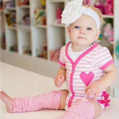 RuffleButts 粉紅條紋款蝴蝶結荷葉包屁衣