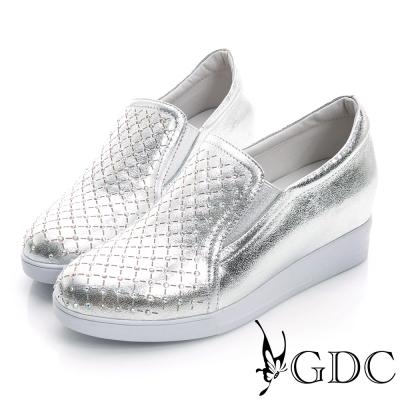 GDC舒適-韓風水鑽格紋真皮內增高休閒鞋-銀色