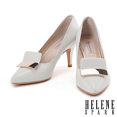 高跟鞋 HELENE SPARK 都會典雅金屬飾片設計全羊皮尖頭高跟鞋-白