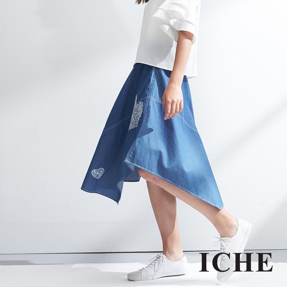 ICHE衣哲 不規則愛心印花單寧牛仔膝下半長裙-藍-動態show