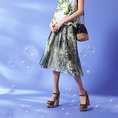ICHE-衣哲-時尚率性3D花卉滿版印花格紋膝下造