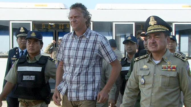 Cambodia deports fugitive Russian business tycoon