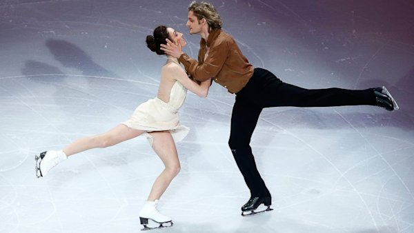 Meryl Davis With Boyfriend Charlie White Photos Collection: Meet America's Favorite To Win Ice Dancing Gold
