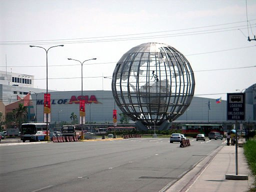 Mall of Asia jpg 054804