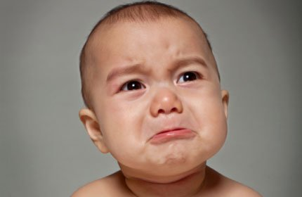 feminine blog letting a baby cry it out