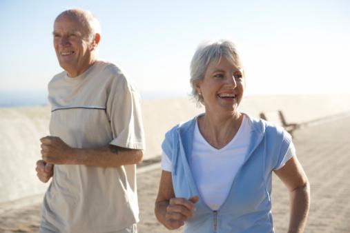 نظام غذائي يبطئ الشيخوخة 78629231-jpg_120223.